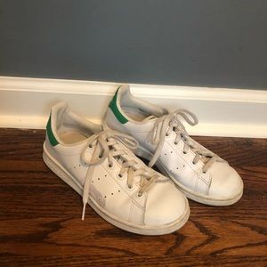 Adidas Stan Smith sz 3.5 big kid / sz 5.5 women's